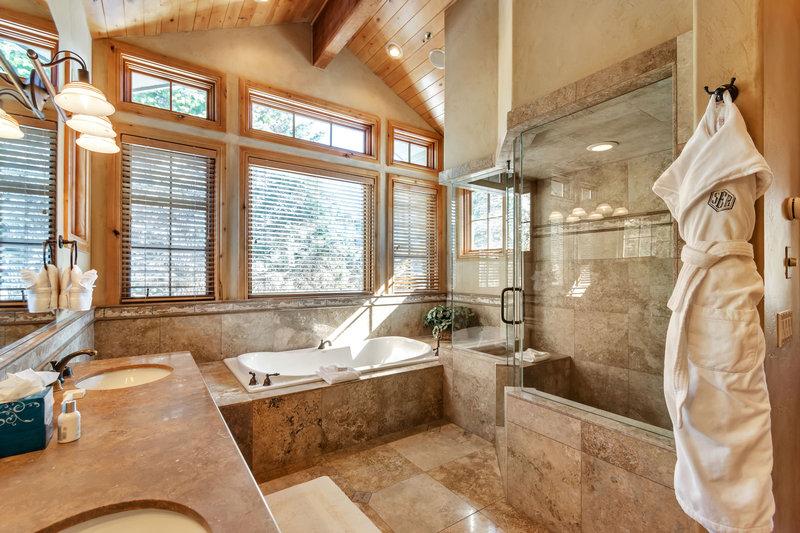 Bellemont Master Bath
