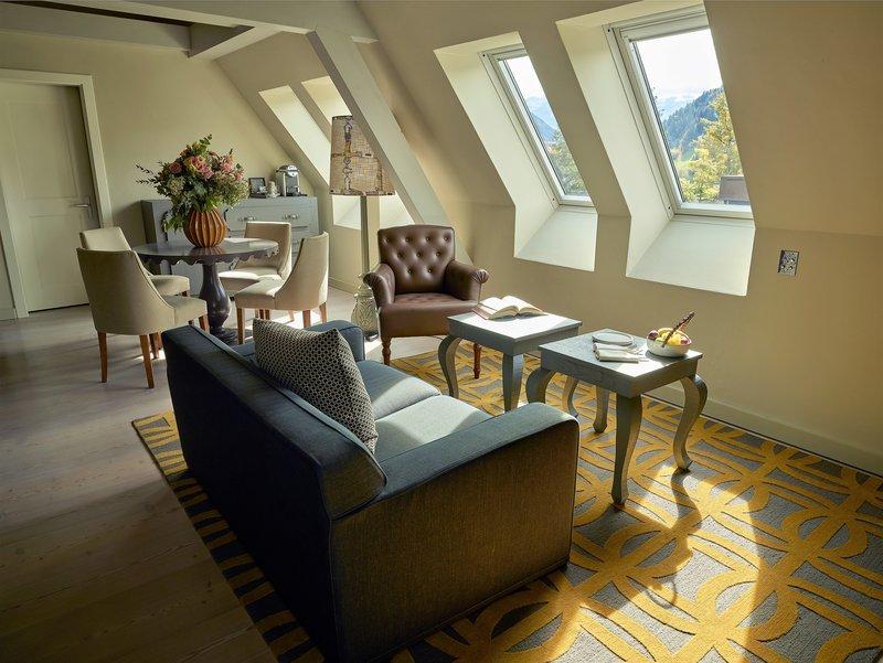Suite Sommet Living Room