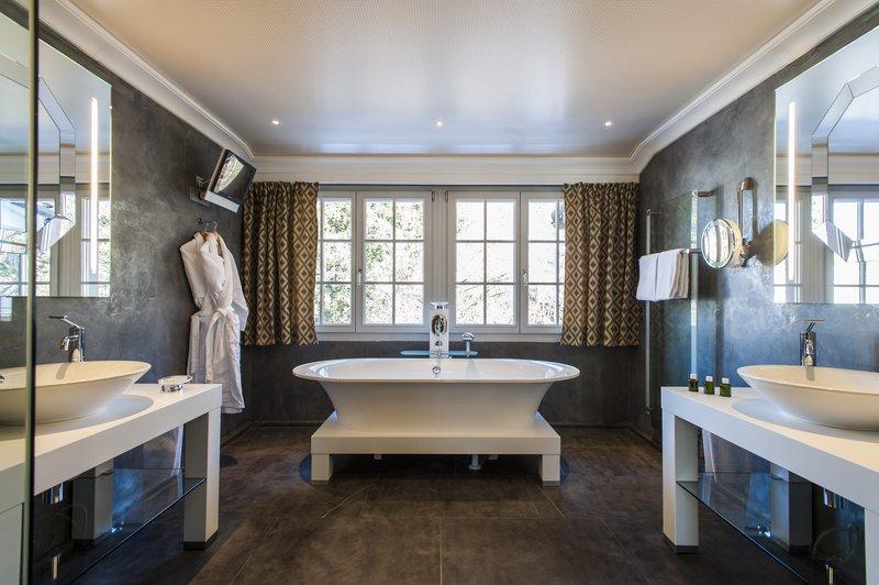 Suite Sommet Bathroom