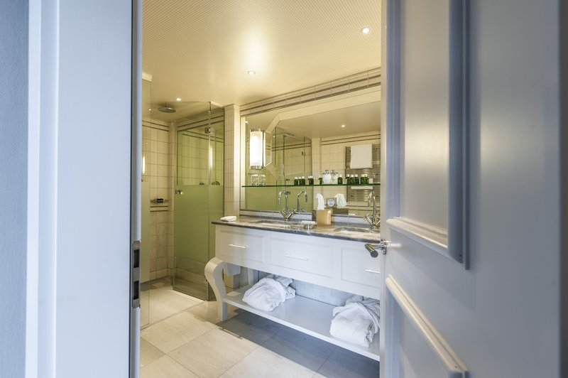 Suite Panorama Bathroom