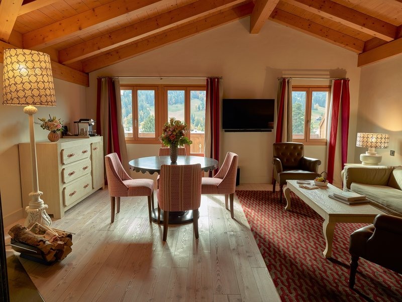 Suite Chalet Living Room