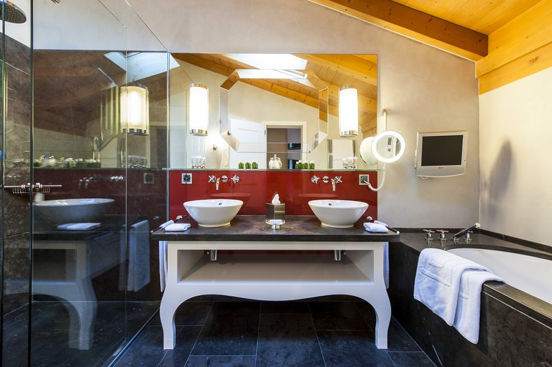 Suite Chalet Bathroom