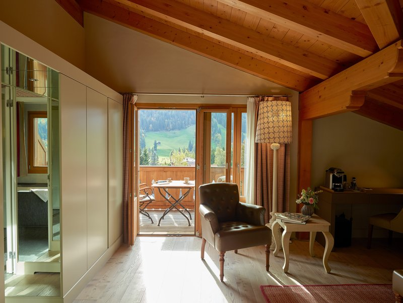 Deluxe Chic Room (Chalet Top Floor )