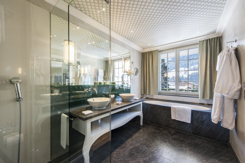 Deluxe Chic Bathroom Main Building