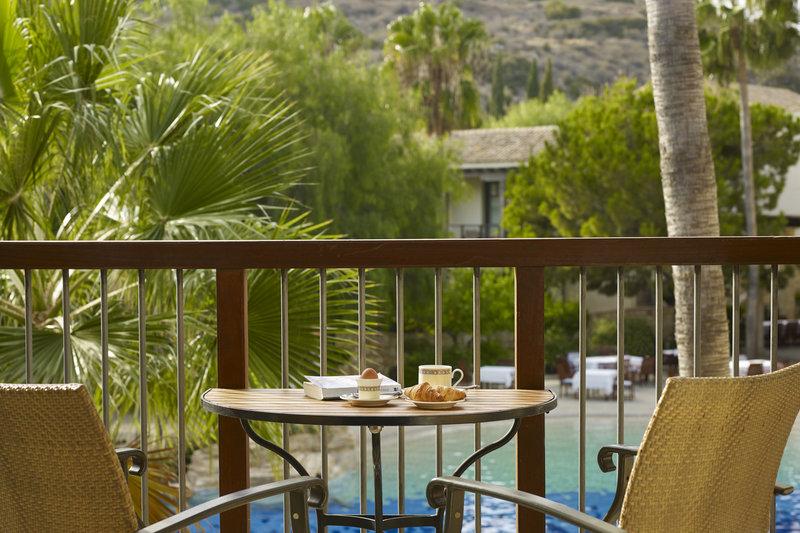 Junior Suite Pool Balcony