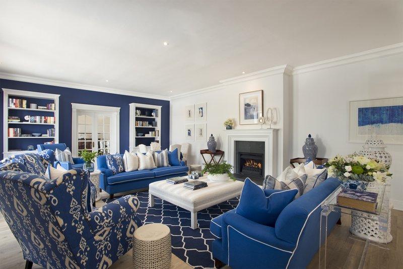 Blue Room Lounge