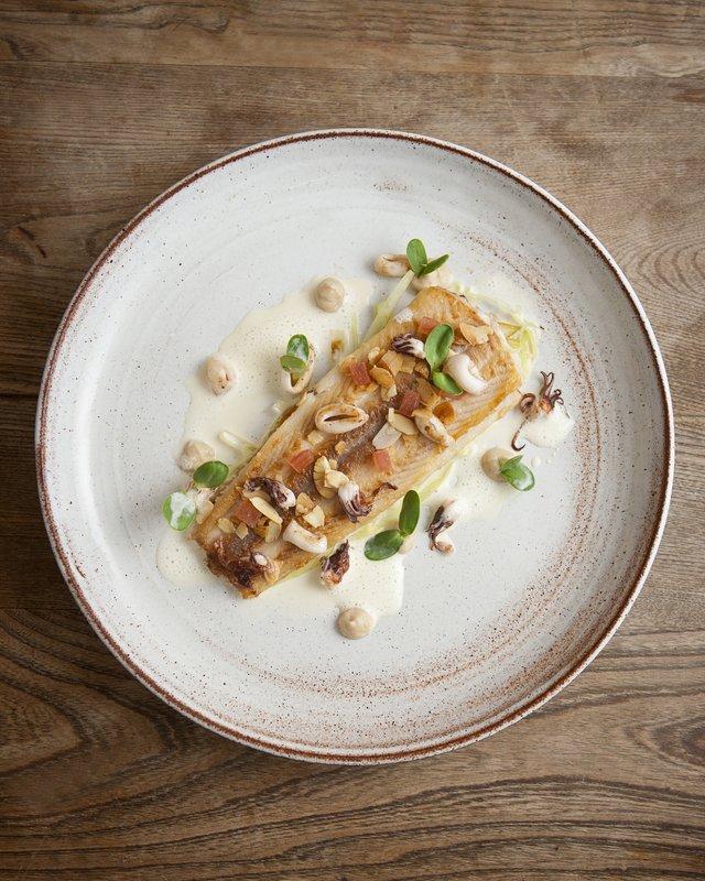 Seafood restaurant cuisine