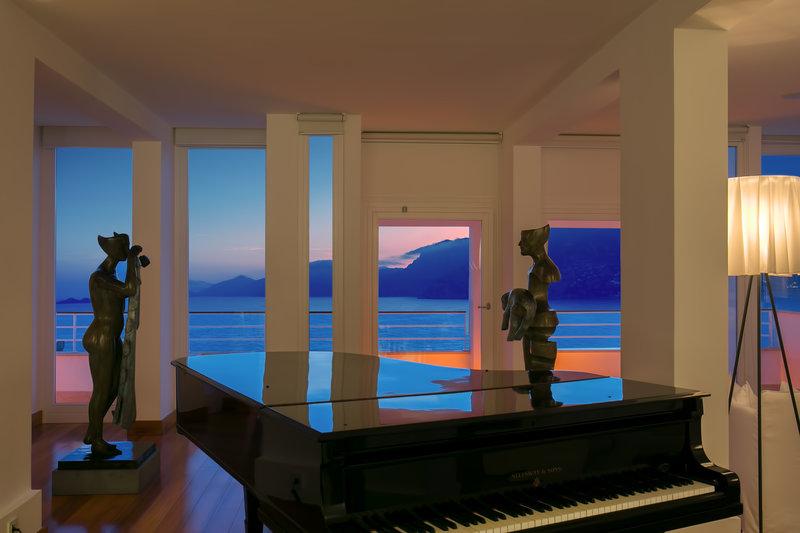 Lobby Lounge Piano Sunset