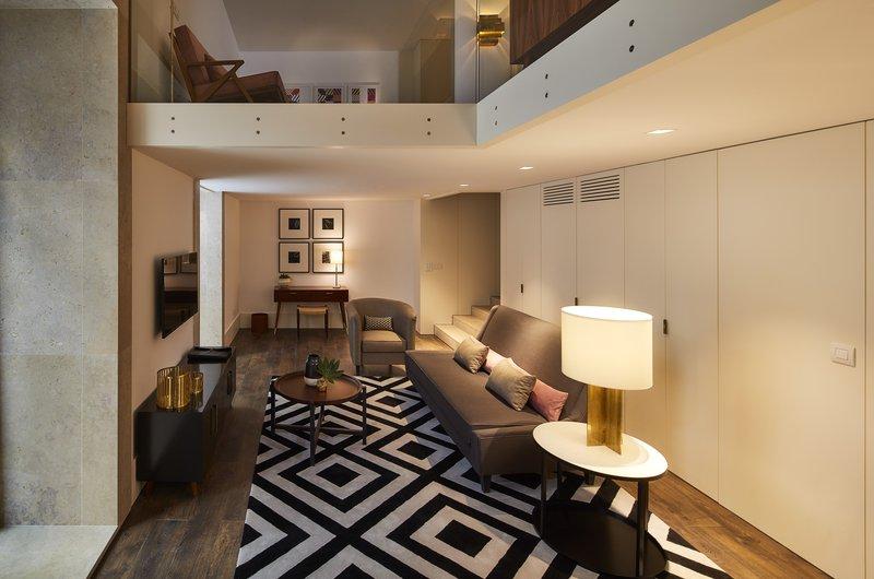 Bairro Alto Mezzanine Suite