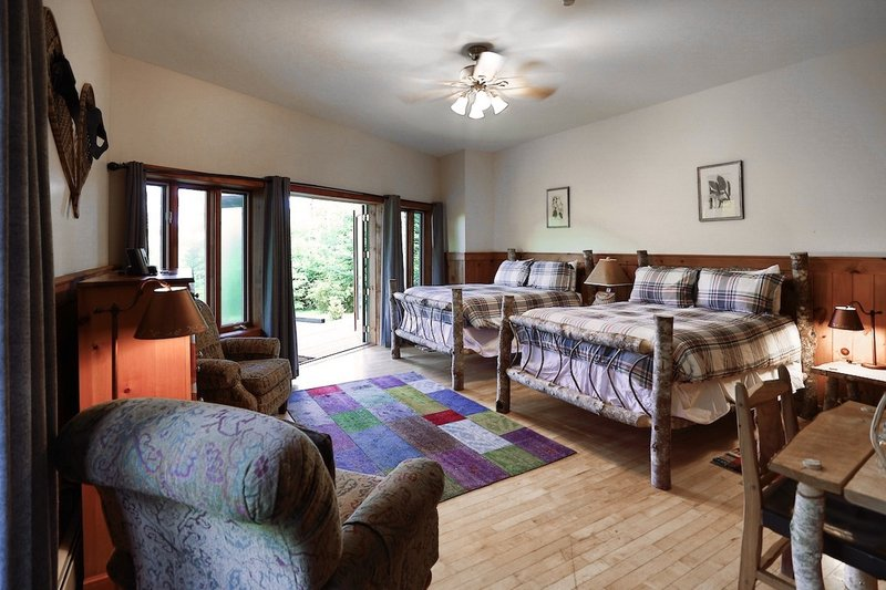 Island Meadow Junior Suite (Beaver Hall)
