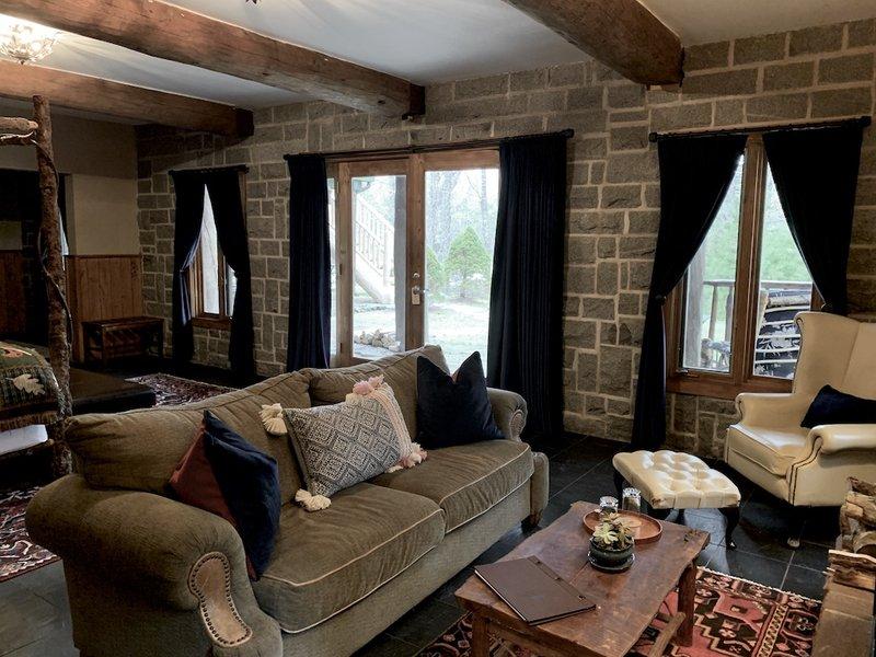 Granite Suite