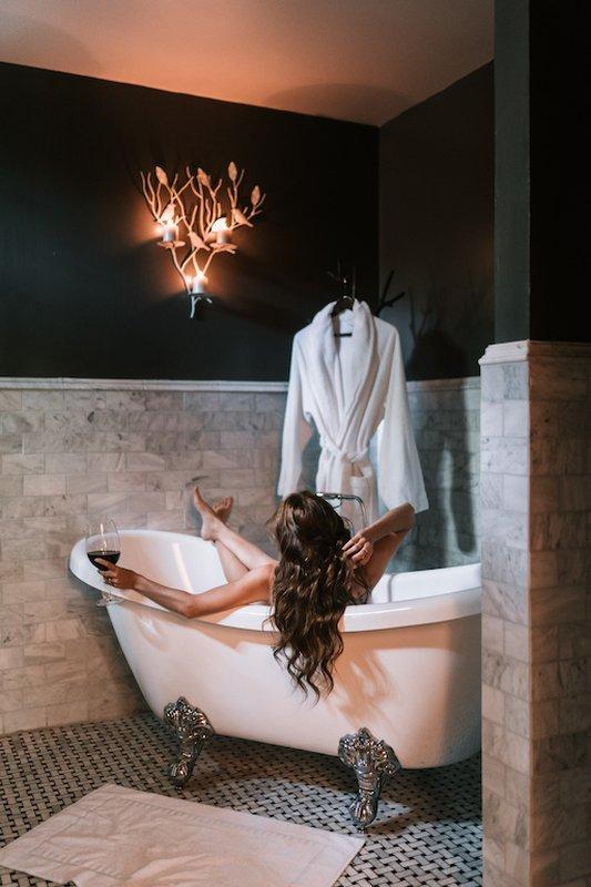 Granite Suite Bath