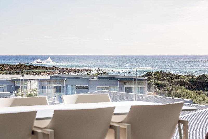 1 Bedroom Ocean View Villa Balcony