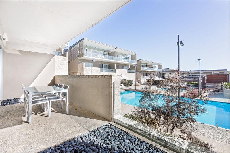 2 Bedroom Ocean View Villa Courtyard Balcony