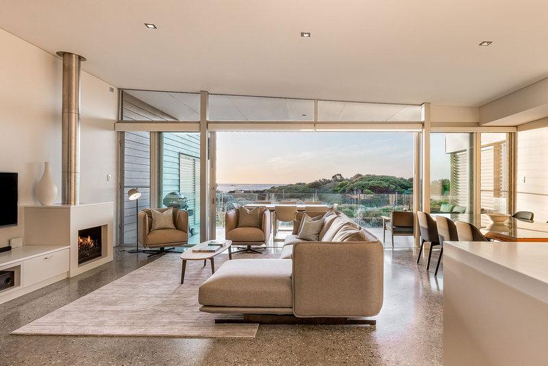 3 Bedroom Beach House Living Area