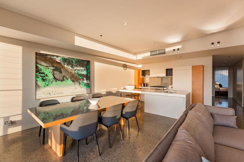 3 Bedroom Beach House Living Room