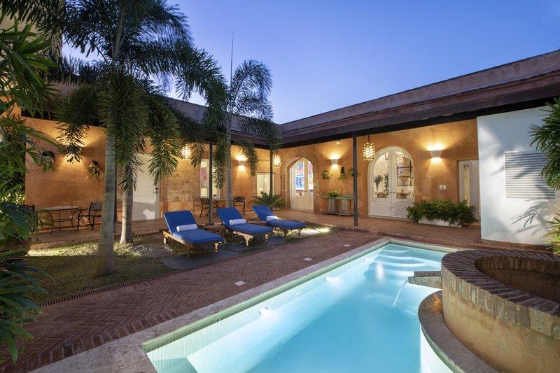 Casas del Pozo pool