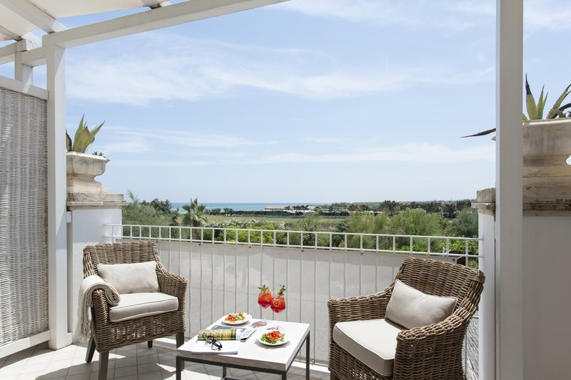 Superior Room Balcony with Partial Sea View