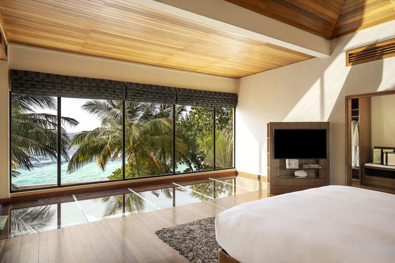 Two Bedroom Beach Pavilion - Master Bedroom