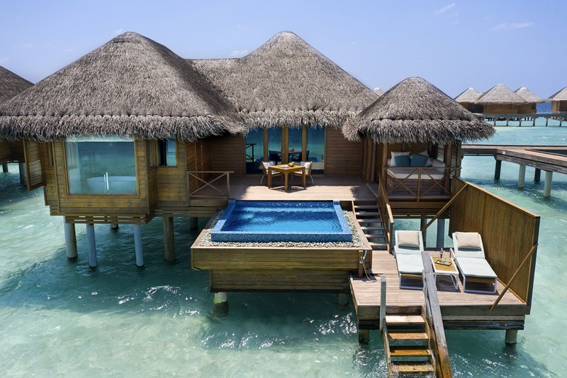 Lagoon Bungalow With Pool - Exterior