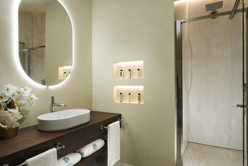 Loft Junior Suite Bathroom