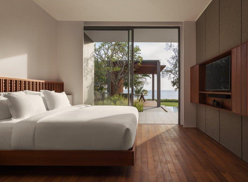 1 Bedroom Beach Front Bedroom