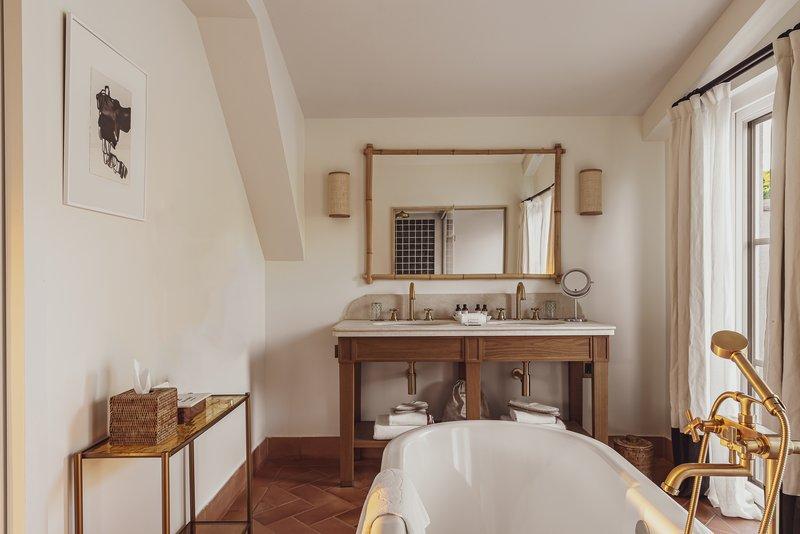 Prestige Suite - Bathroom