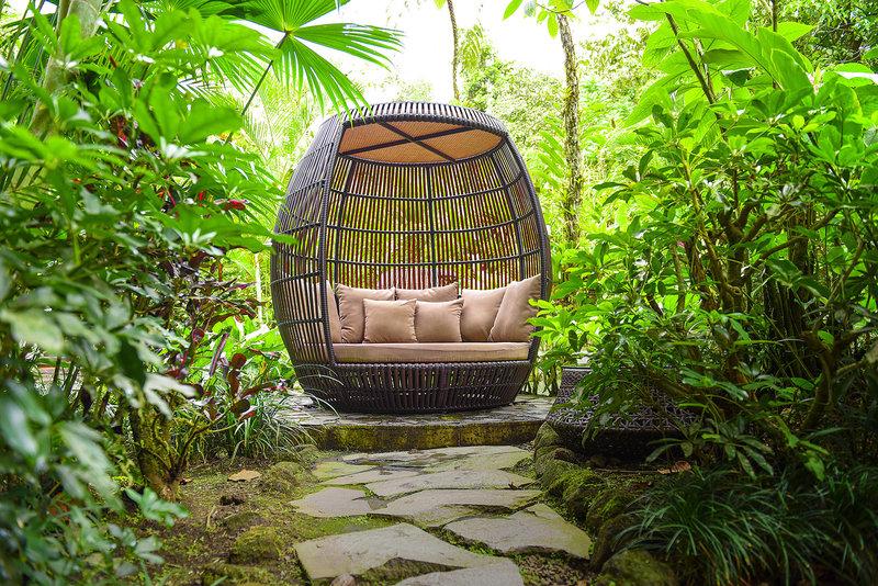 Shangri- La Gardens