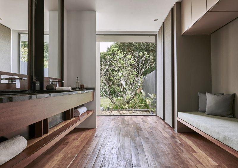 1 Bedroom Double View Bathroom