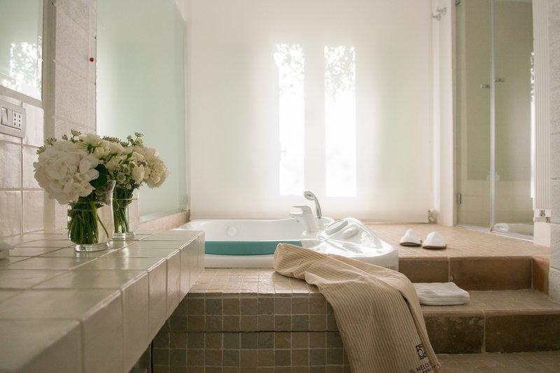 Suite degli Ulivi Bathroom