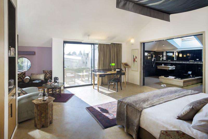 Penthouse Suite - East House