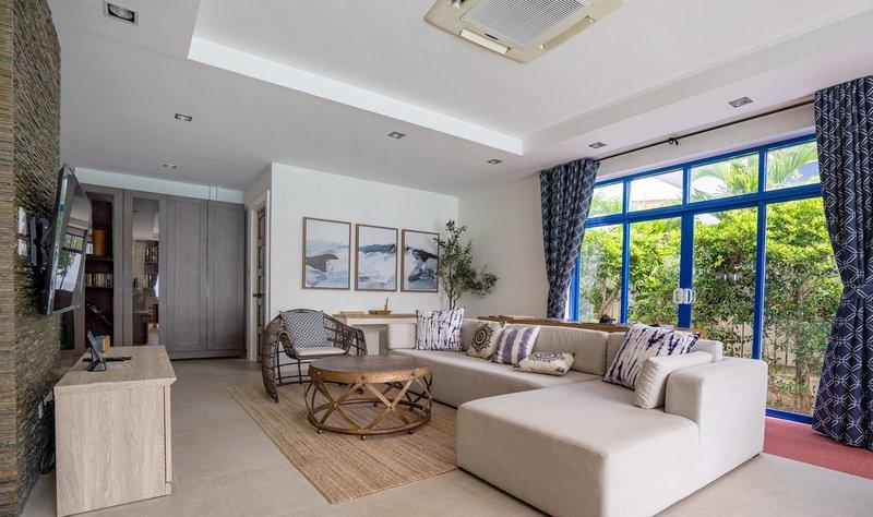 4BR Villa Interior