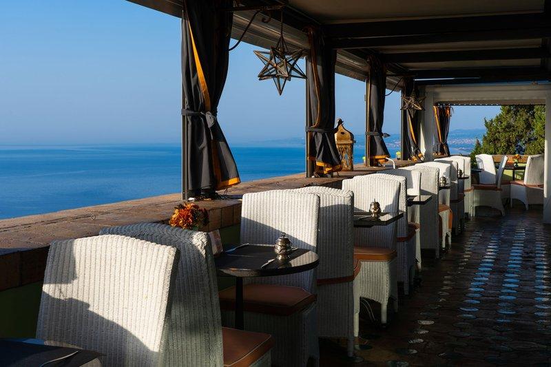 Hotel Villa Carlotta Terrace with a view