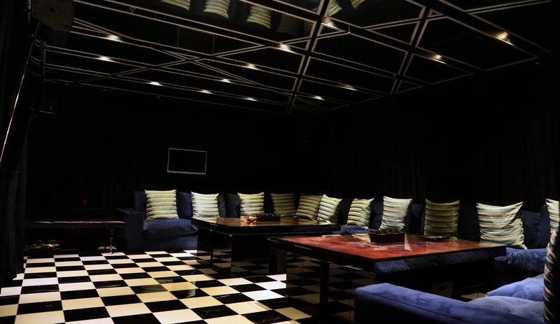 Presidential Suite - KTV