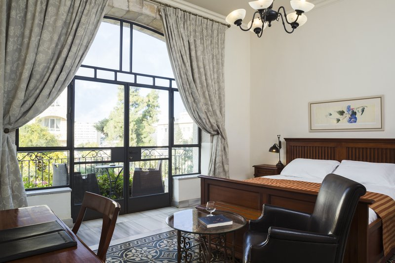 Deluxe Pasha East House