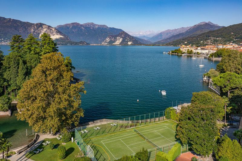 Tennis & Beach View