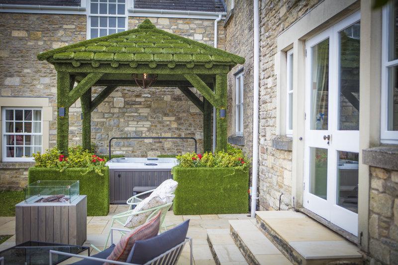 Hot Tub & Private Garden