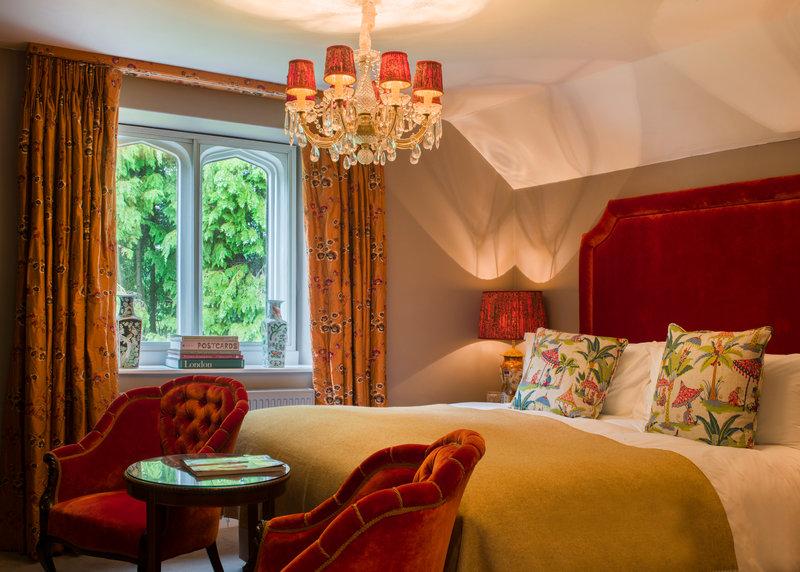 Snug Elegant Room