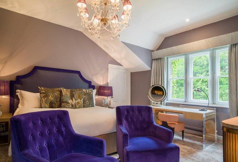 Main House Elegant Room