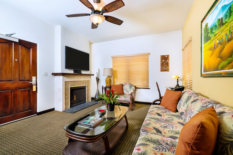 One bedroom queen, classic view - living room - CQQ