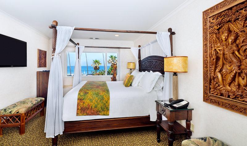 One bedroom partial ocean view - bed - KPV