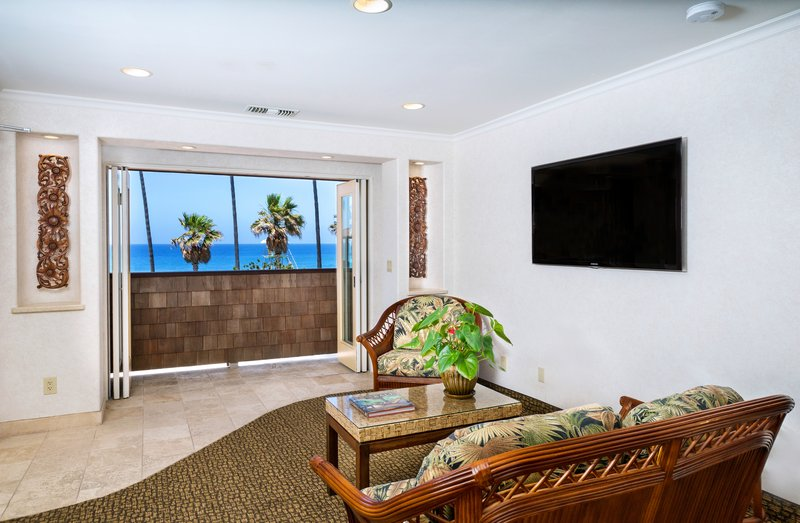One bedroom partial ocean view - living room - KPV