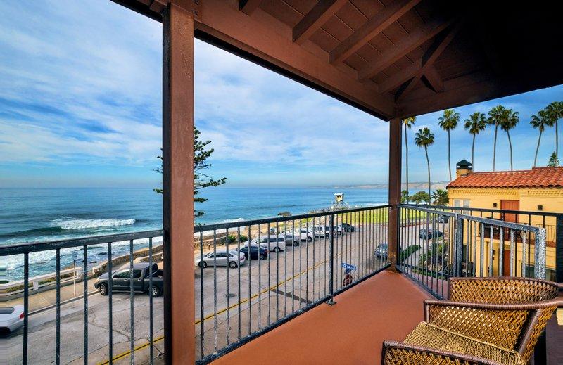 One bedroom ocean view studio - balcony - SQO