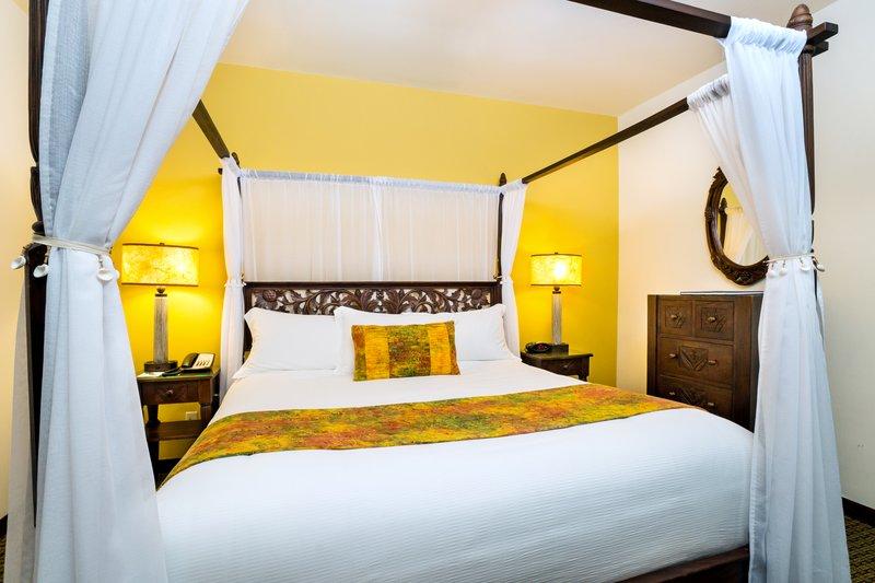 Two bedroom ocean view - bedroom - 2KQ