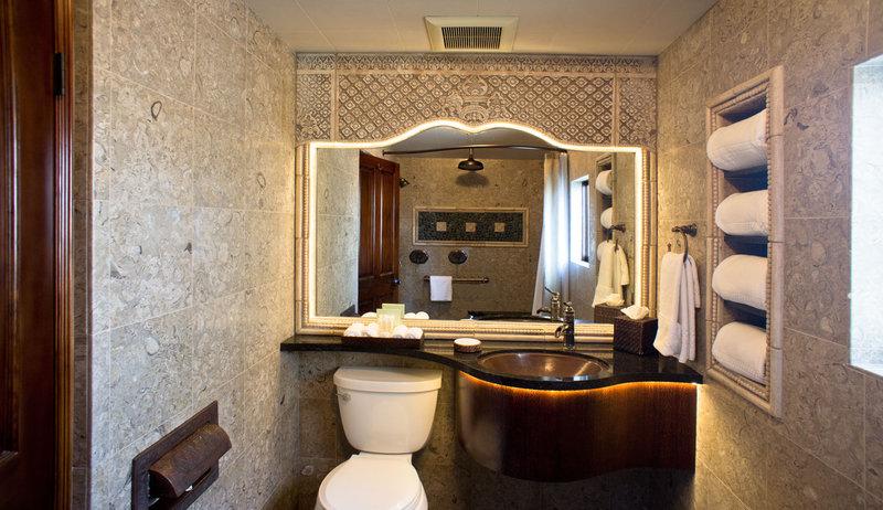 One bedroom partial ocean view - bathroom - PK2