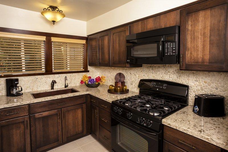 One bedroom ocean view - kitchen - OK1