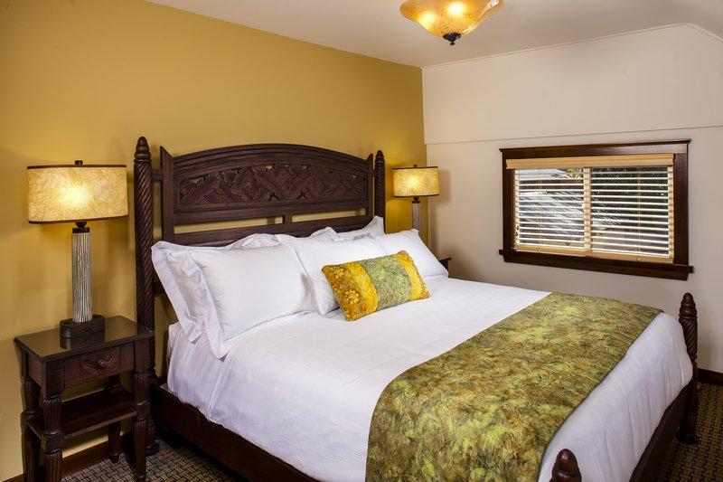 One bedroom ocean view - bedroom - OK1