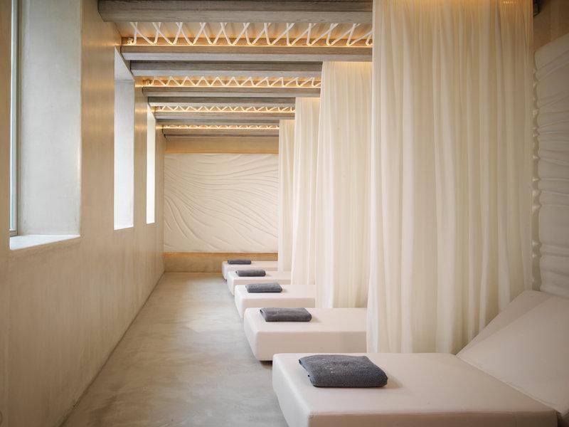 Oqua Spa Relaxing Room
