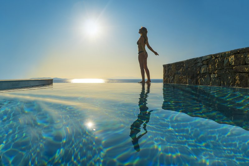 Secret 3 Bedroom Maisonette pool with Jacuzzi