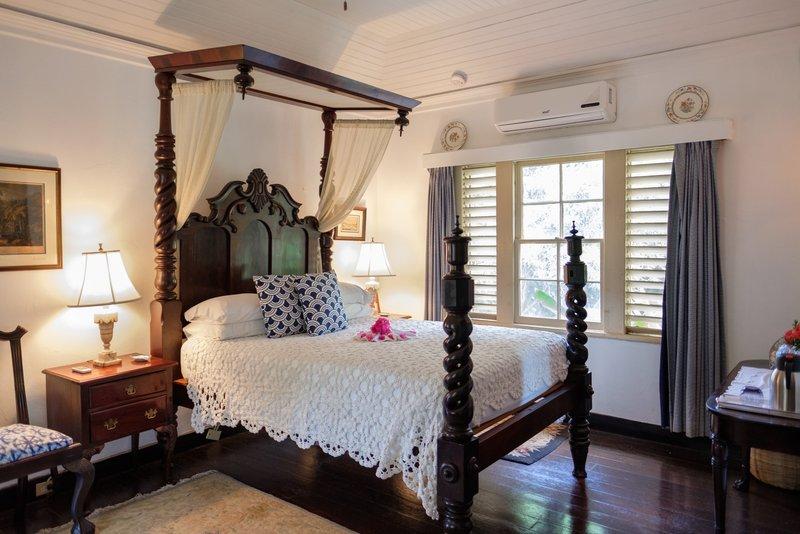 Mullion Cove Bedroom 3